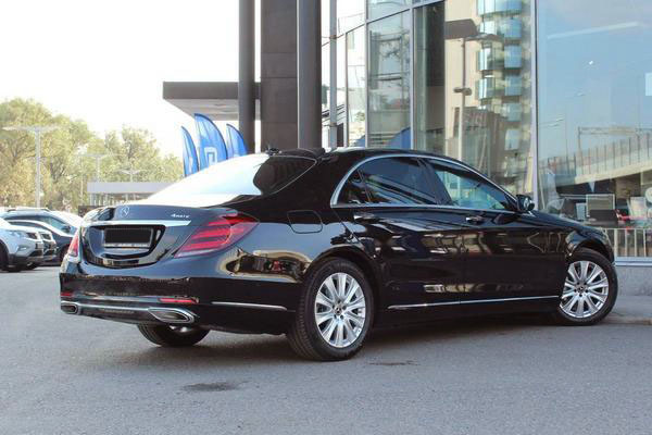 Mercedes Benz - transfer car image